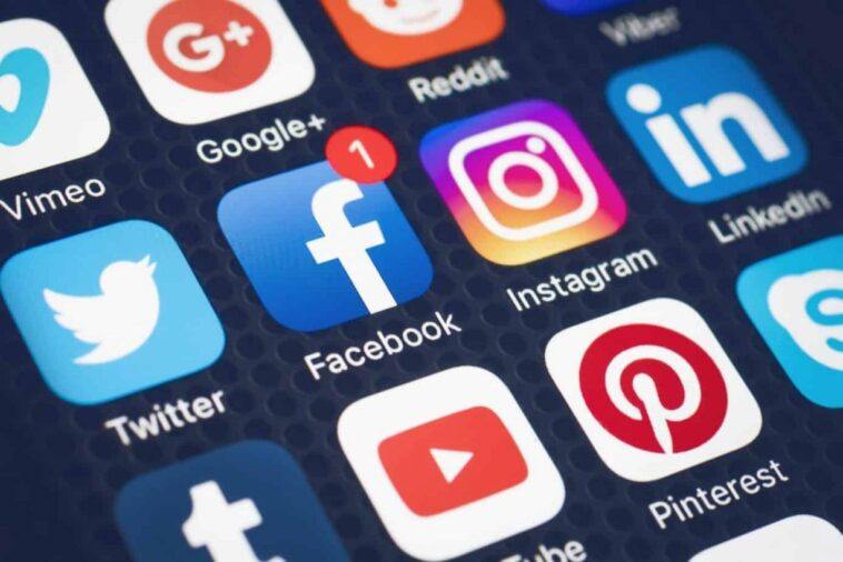 Боротьба за свободу слова в соціальних мережах