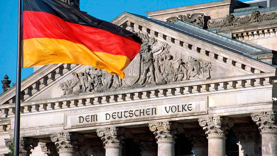 В Німеччині та Іспанії провалилися законопроєкти трансгендерного лобі