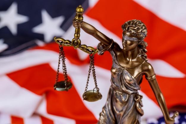 """Федеральний суд у Техасі заблокував """"Трансгендерний мандат"""" Байдена"""
